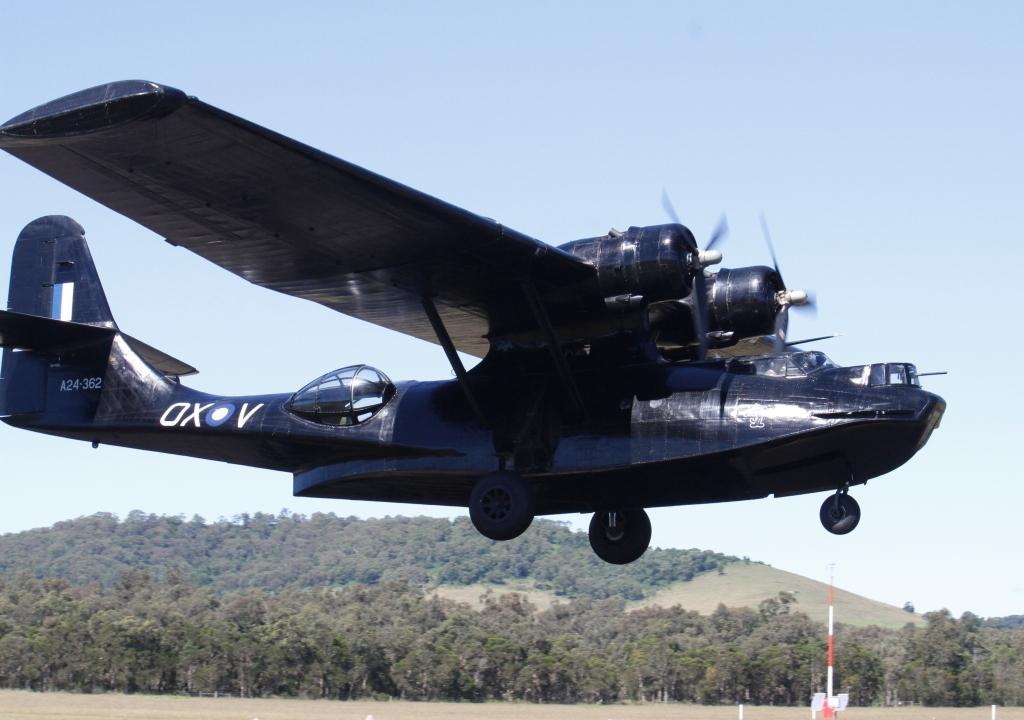 Canberra-Cat-takeoff-2