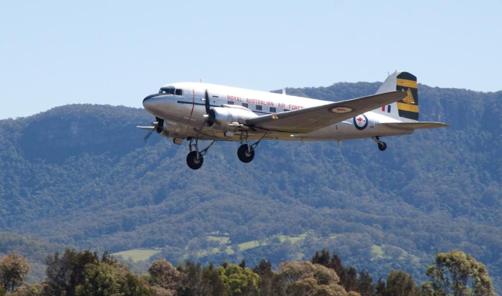 Canberra-Dak-takeoff-2
