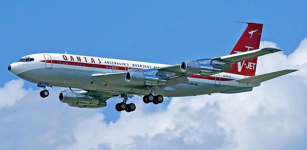 On en parle ,News, Faits divers, Breves, Interludes.... de la mer et de la croisiere - Page 13 Boeing_707-138B_Qantas_Jett_Clipper_Ella_N707JT-1024x500